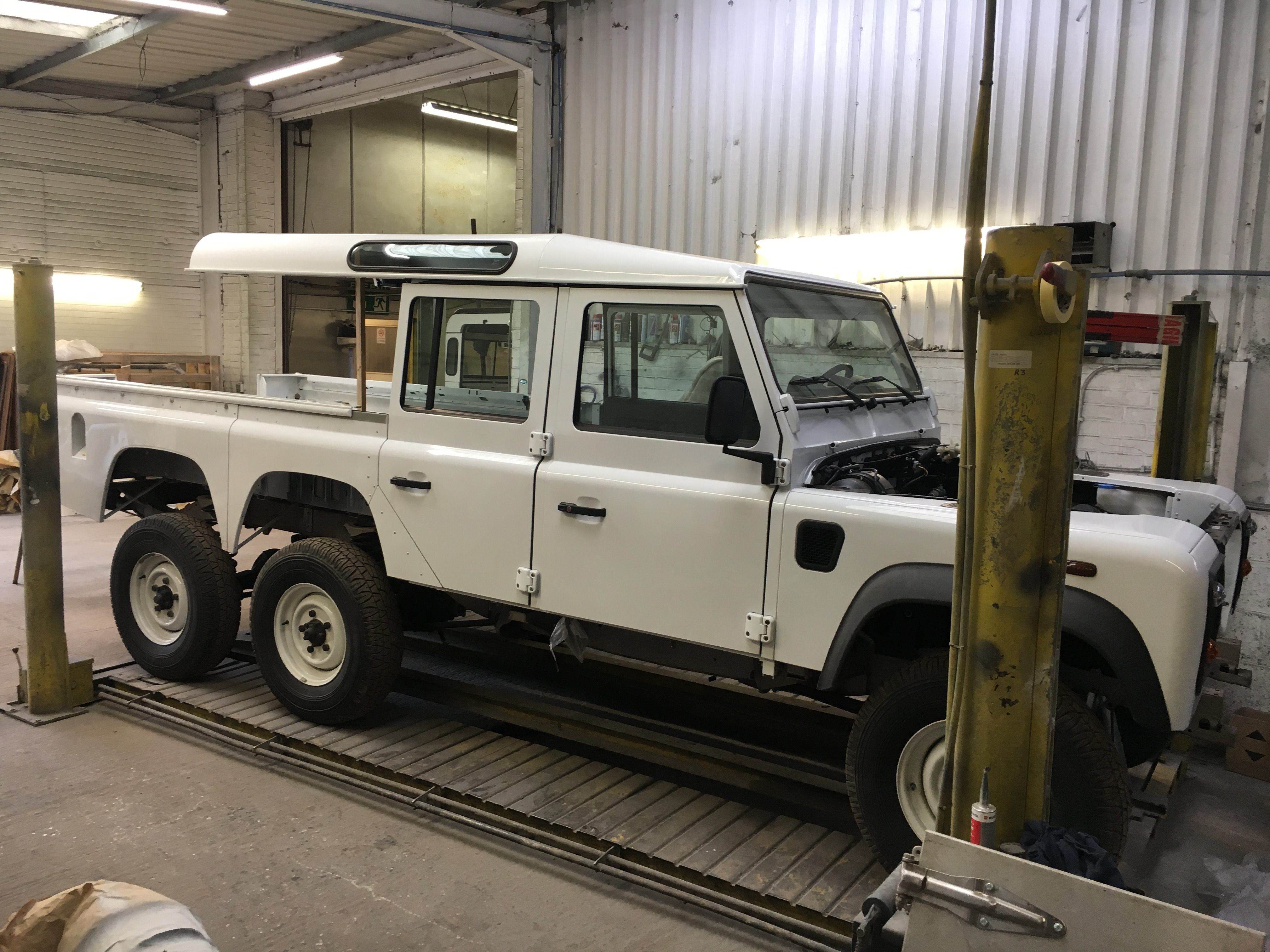 Hhh Heritage 1984 Land Rover Defender Custom 6x6 Hhh